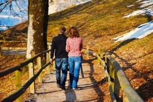 1176416_couple_walking
